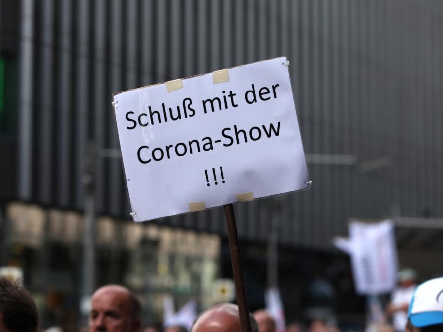 In vielen EU-Staaten lascherer Umgang mit Corona-Pandemie