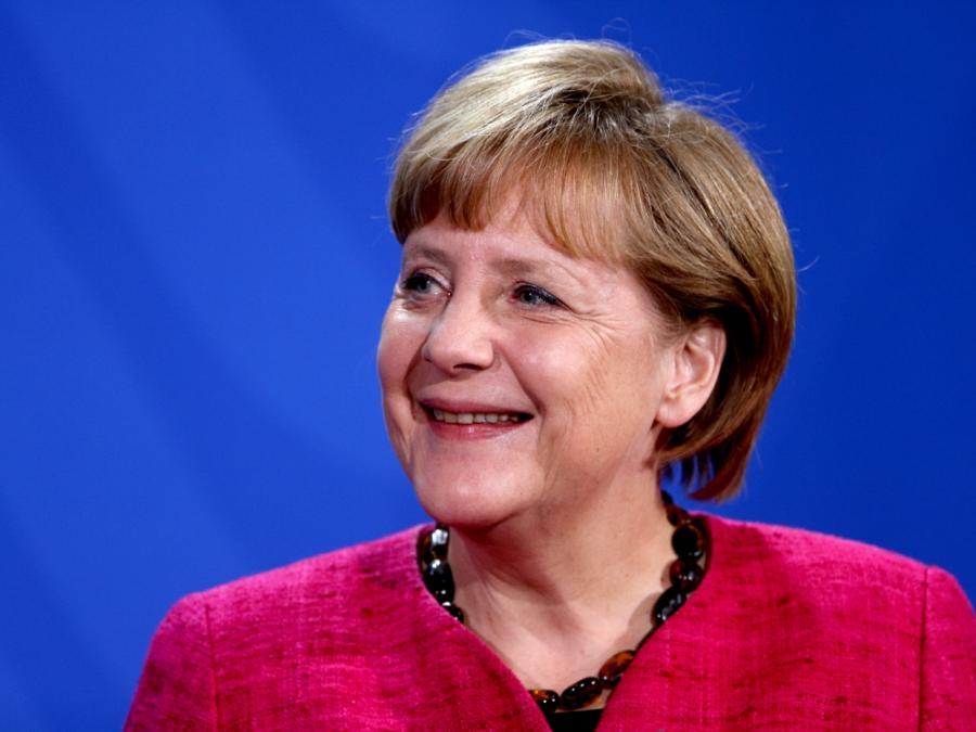 Merkel wirbt für Physik-Studium