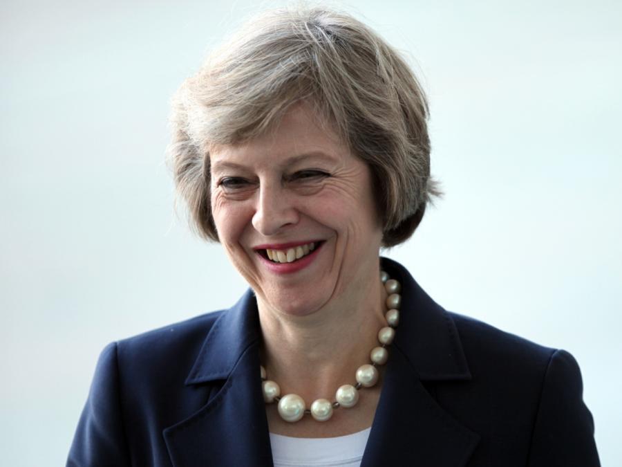 May gewinnt Brexit-Abstimmung im britischen Parlament