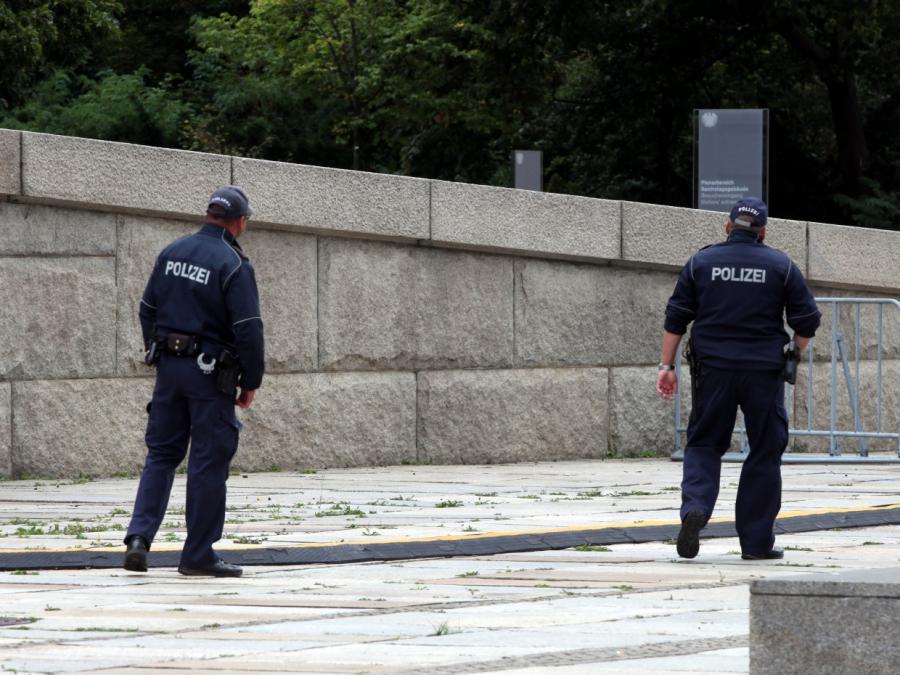 Bundesregierung verschiebt Musterpolizei-Gesetz