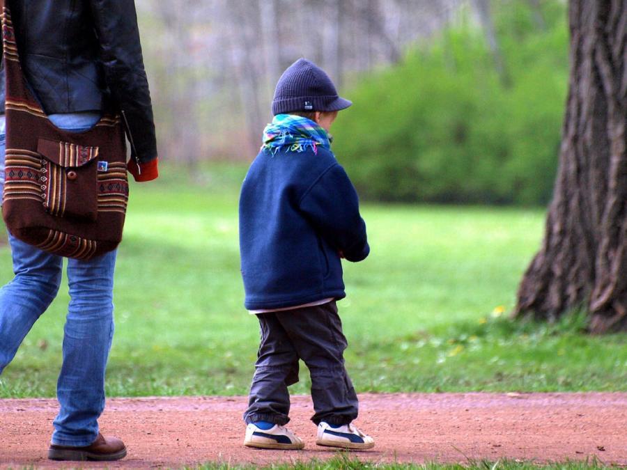 Barley will Steuererleichterungen für getrennte Eltern