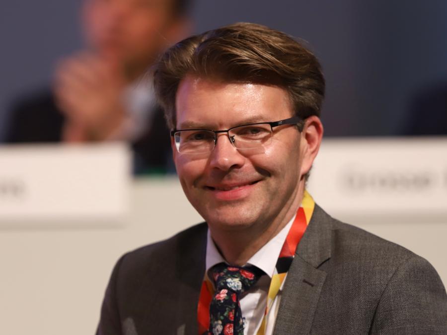 Moria: Caspary unterstützt Seehofer