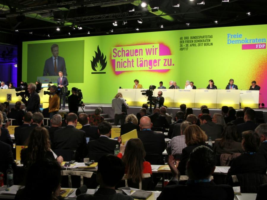 FDP plant Alternativ-Modell zur Frauenquote