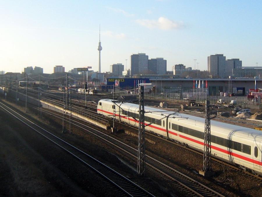 Steuerzahlerbund: Anteile an Telekom, Post und Bahn verkaufen