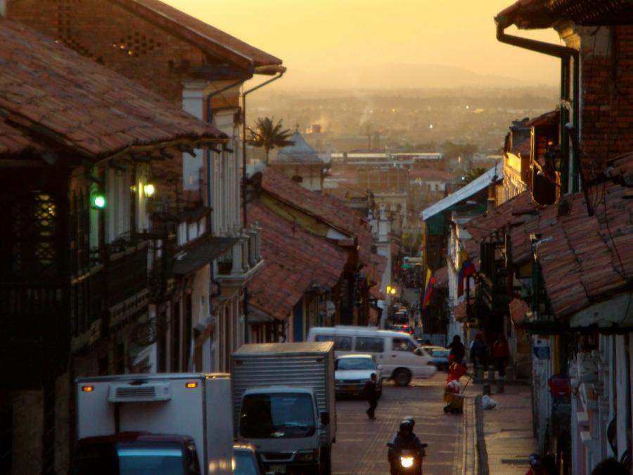 Mindestens 5 Tote nach Bombenexplosion in Kolumbien