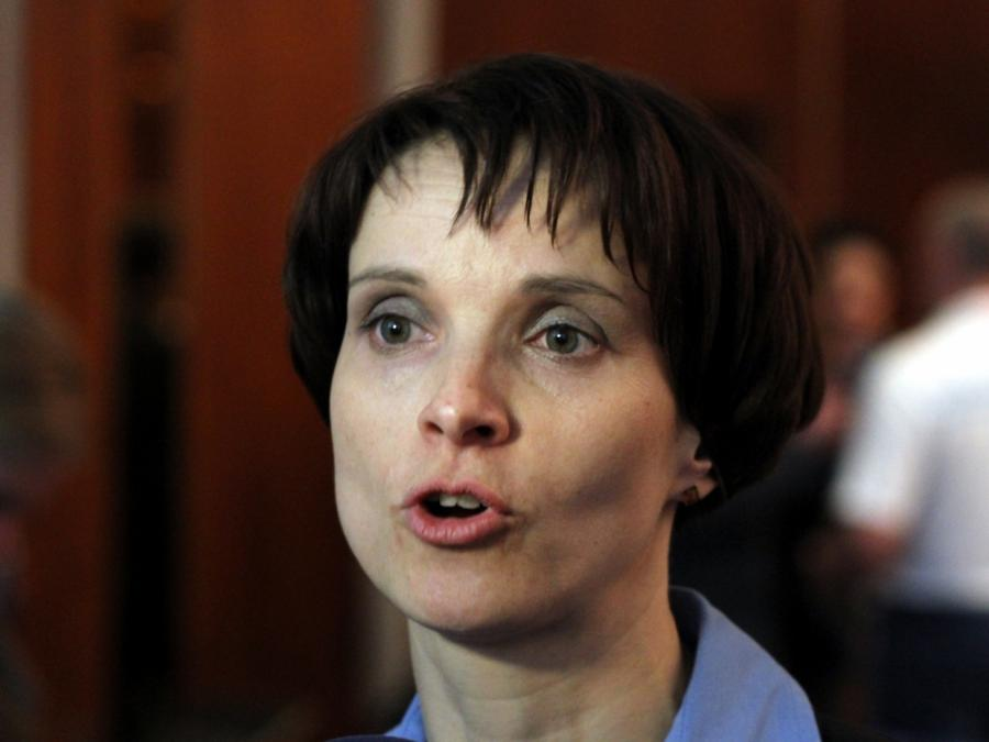 Petry will aus der AfD austreten