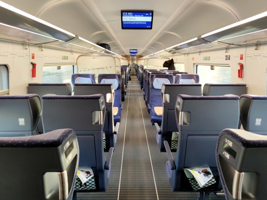 Bericht: Bahn prüft FFP2-Maskenpflicht