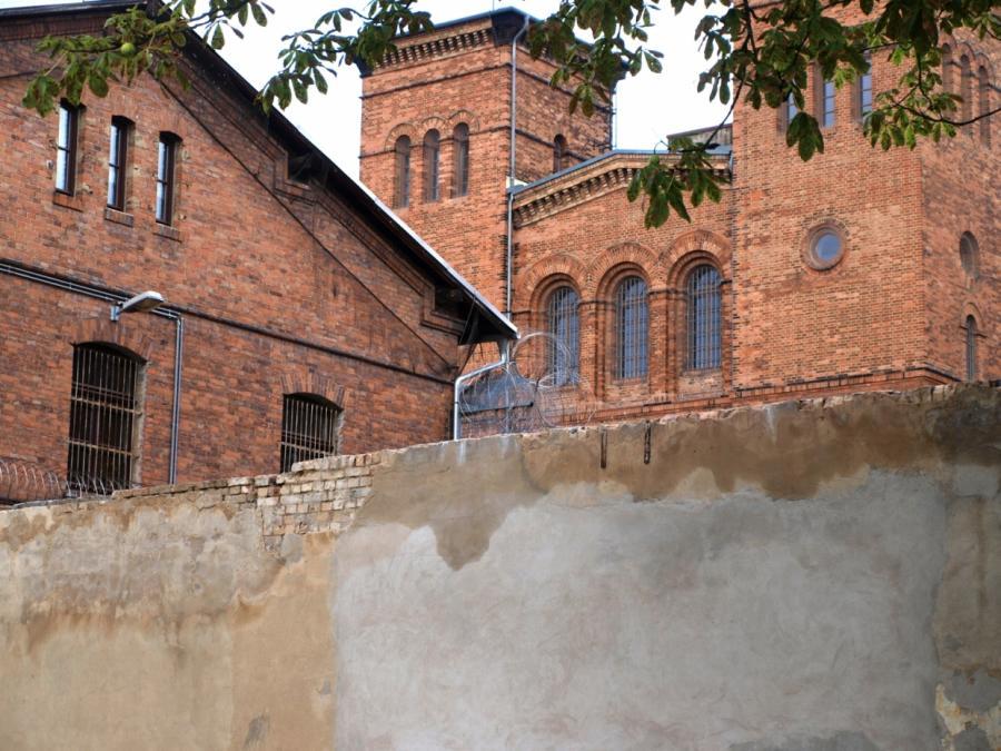 CSU will Verdreifachung der Abschiebehaftplätze in Deutschland