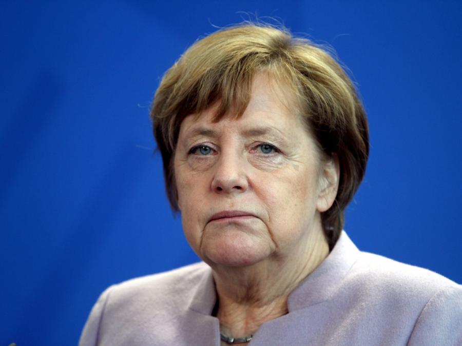 SPD verlangt von Merkel Aufklärung in BAMF-Affäre