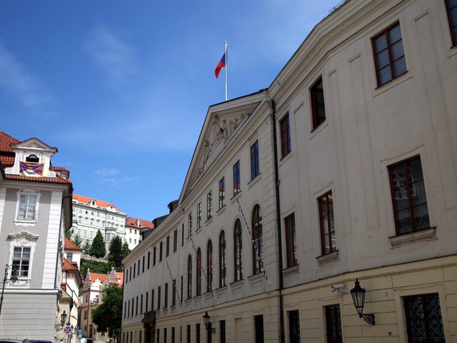 Tschechiens Premier nennt Bootsflüchtlinge ökonomische Migranten