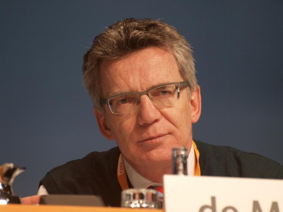 De Maizière verteidigt Testlauf zur Gesichtserkennung in Berlin