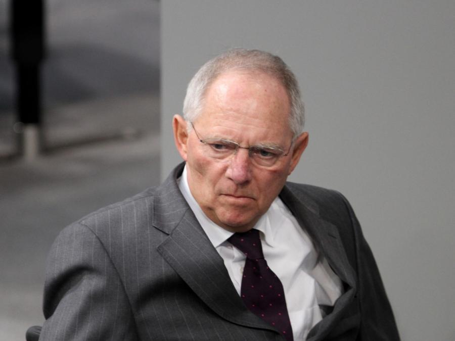 Schäuble mahnt verantwortungsvollen Umgang mit Vergangenheit an