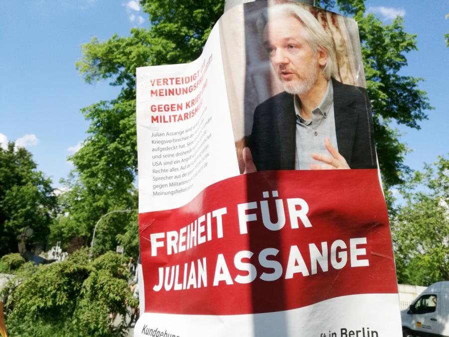 Gericht lehnt Freilassung von Assange ab