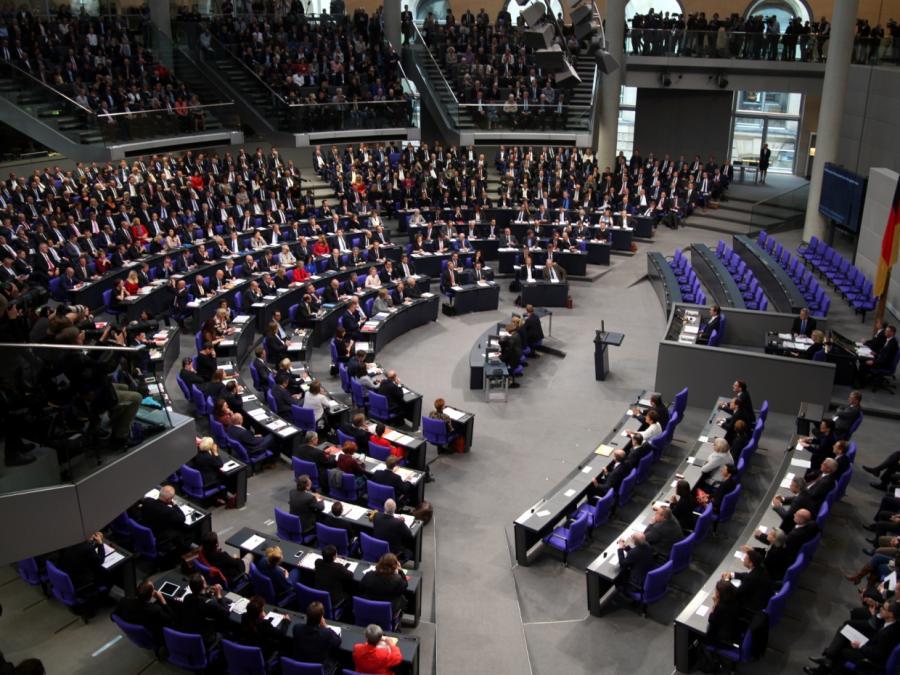 Bundestag erhöht Zahlungen an Fraktionen