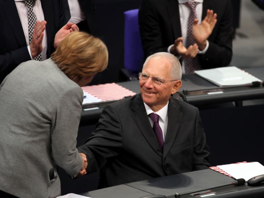 Schäuble sorgt sich um Würde des Amtes der Kanzlerin