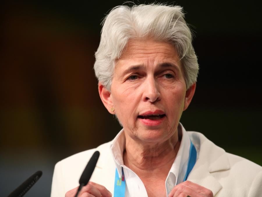 FDP-Vize Strack-Zimmermann offen für Frauenquote