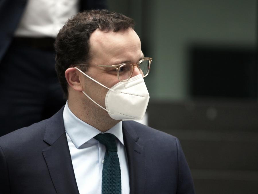 Spahn bleibt bei abgesenkter Vergütung für FFP2-Masken