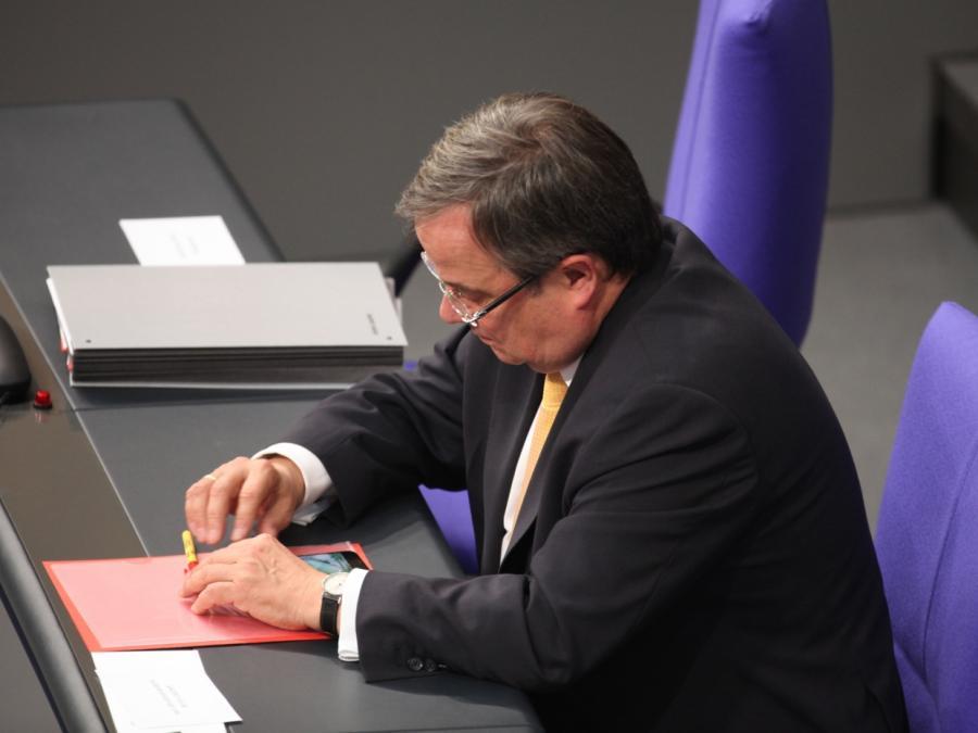 Laschet dringt auf europäische Verfassung