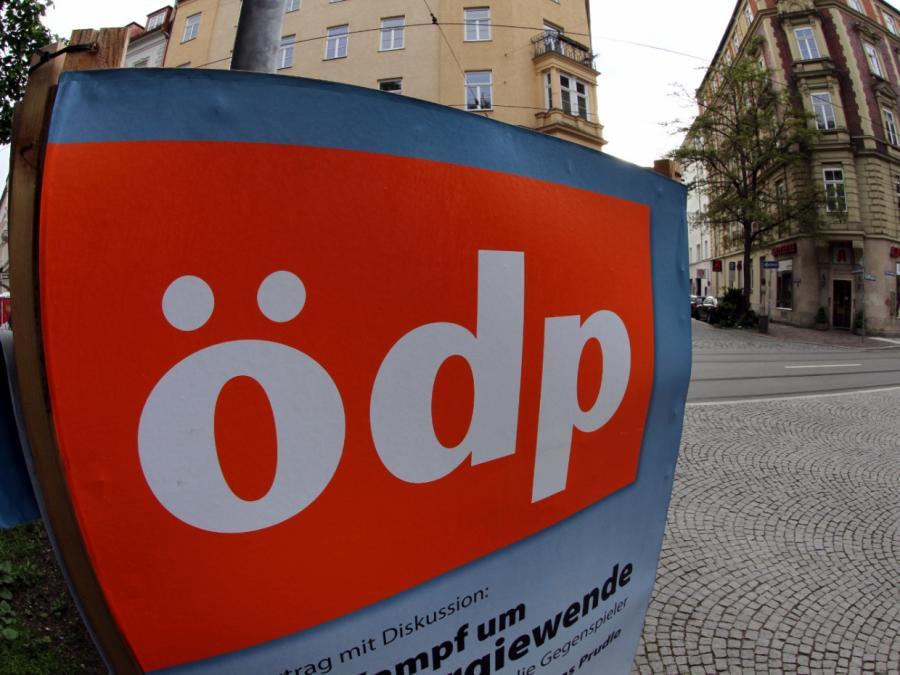 Schäuble fordert Änderung des Wahlrechts zugunsten kleiner Parteien